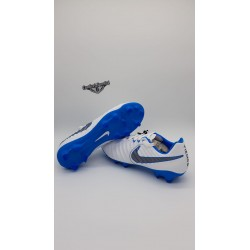 LEGEND  7 PRO FG White/Mtlc Cool Grey-Blue Hero